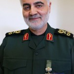 800px-Qasem_Soleimani_with_Zolfaghar_Order.resized
