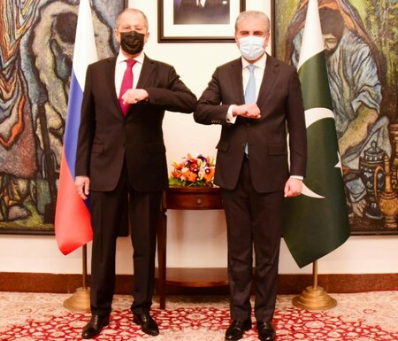 FOREIGN MINISTER MAKHDOOM SHAH MAHMOOD QURESHI GREETED HIS RUSSIAN COUNTERPART H.E SERGEY LAVROV AT MINISTRY OF FOREIGN AFFAIRS IN ISLAMABAD ON APRIL 07, 2021.